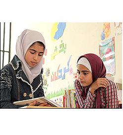 تاثیر تحصیلات والدین در میزان مشارکت اعضاء دختر نوجوان مرکز 37 در  فعالیت کتابخوانی