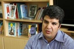 «عزتالله الوندی»، شاعر و نویسندهی ادبیات کودک و نوجوان اعلام کرد: