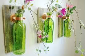 تابلو با بطری شیشه ایی
