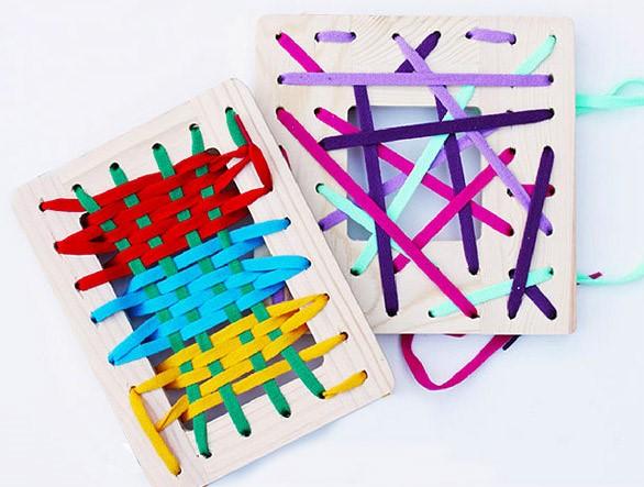 بازی با نخ های رنگی