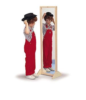 برای دیدن خودت به جز آینه به نور نیاز داری