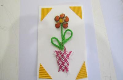 کارت پستال با گل های دکمه ای