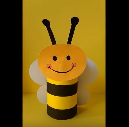 زنبور عسل کاغذی