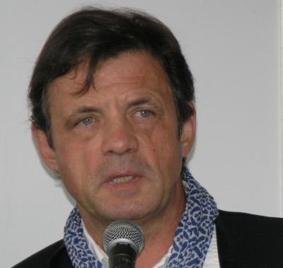 پیتر سیس