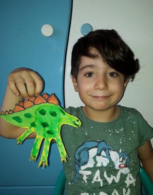 دایناسور کف دستی