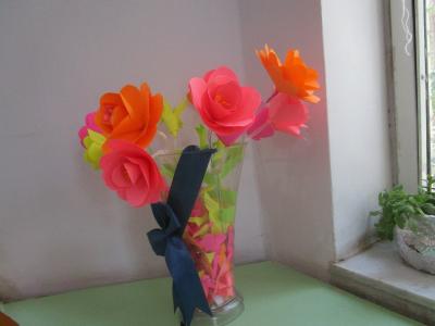 ساخت گل های کاغذی