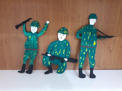 معرق کاری سرباز های چوبی