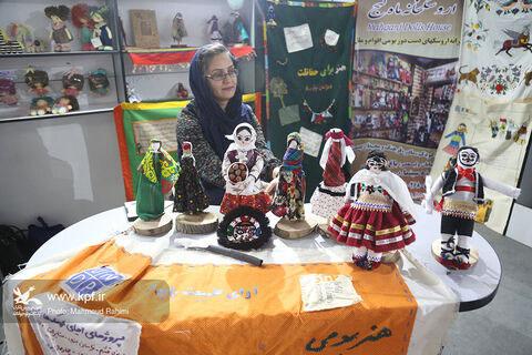 عروسکهای بومی، ایرانی پنجمین جشنواره اسباببازی چشمنوازند